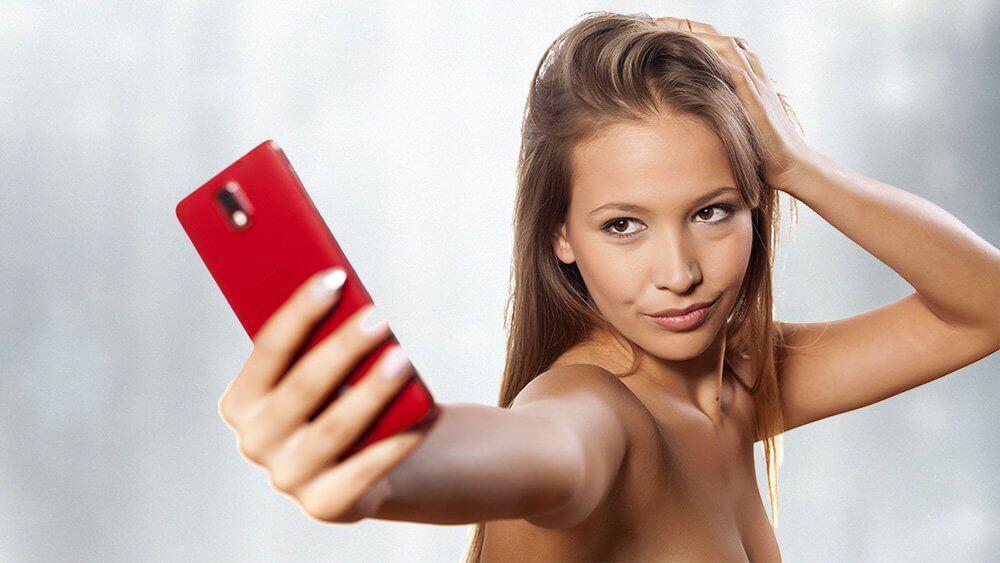 Femeia narcisista – Cum o identifici?